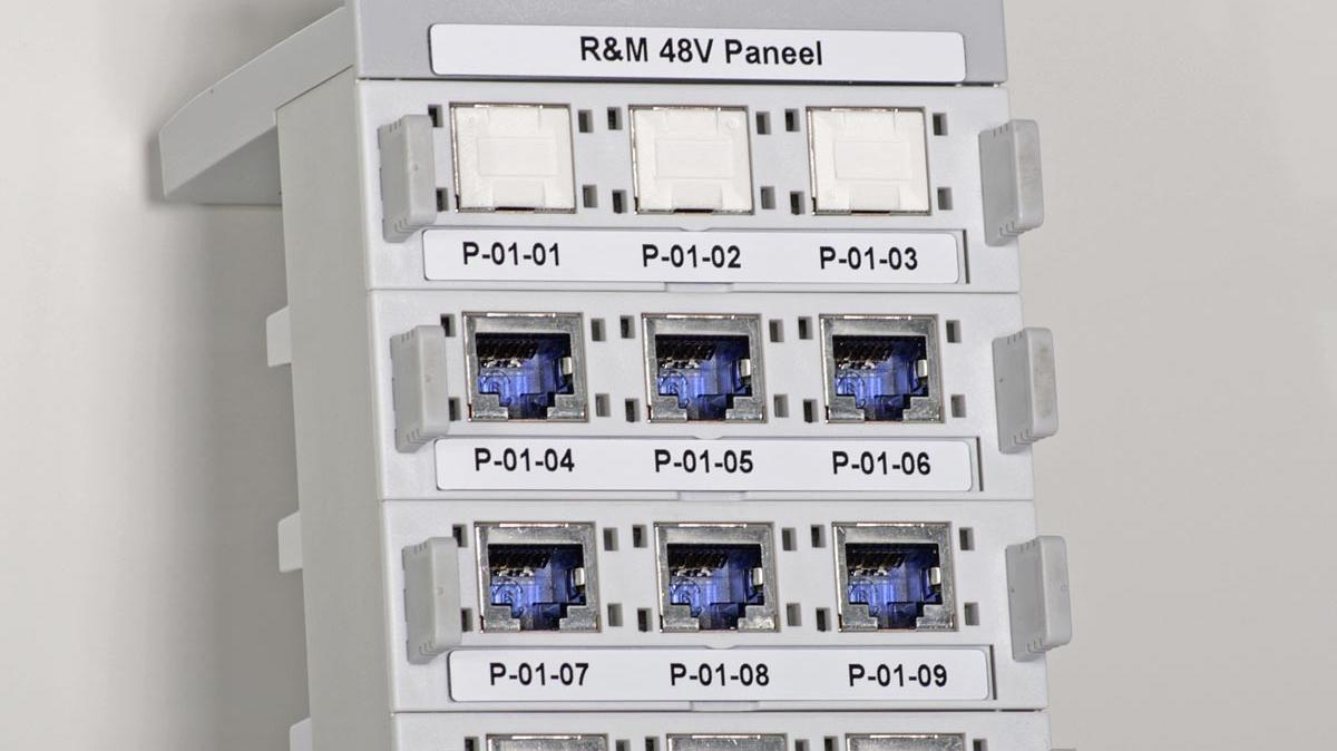 Patchpanel met resoprint labels